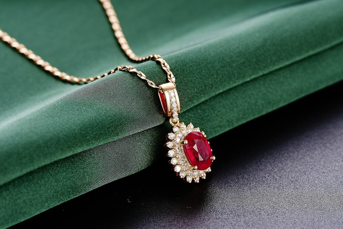 jewelry-625724_1920